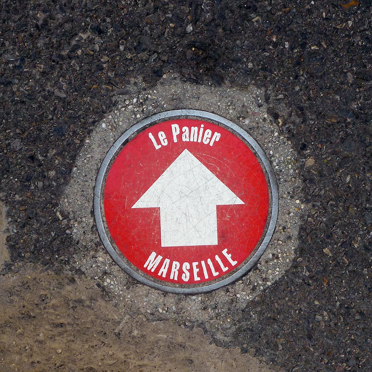 Indicazione stradale per Le Panier